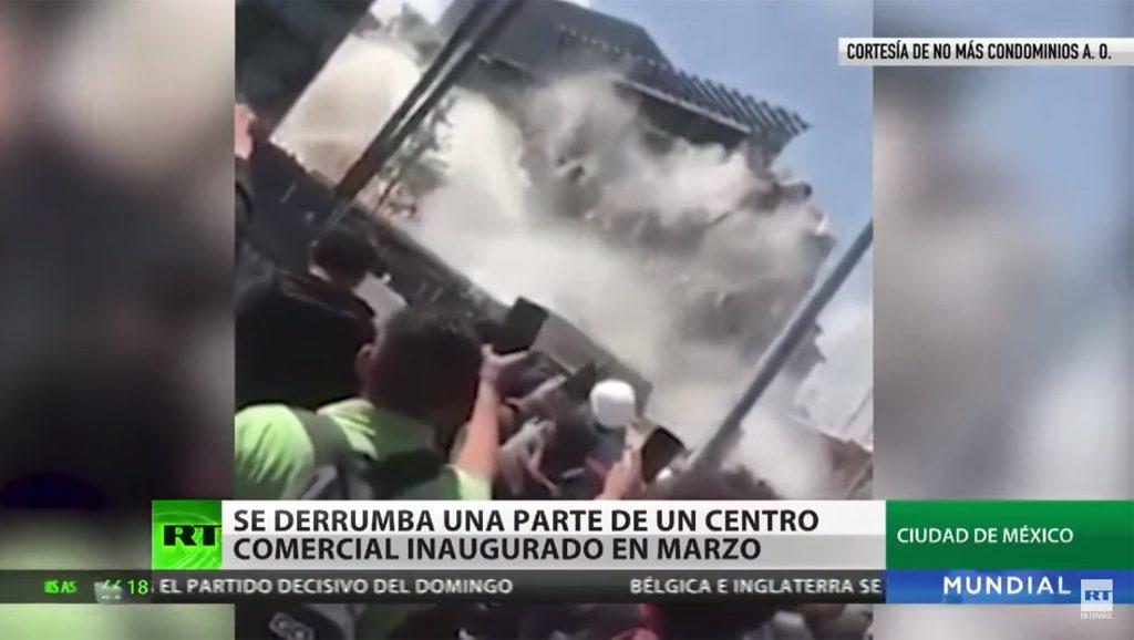 México - Derrumbe centro comercial