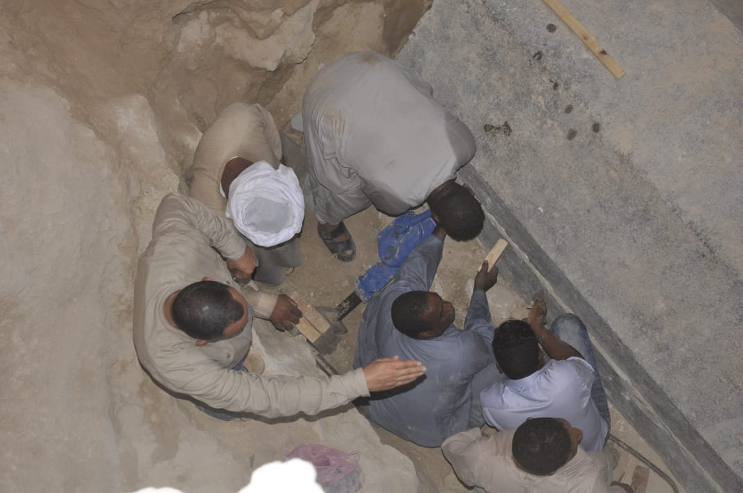 Trabajos en sarcófago en Egipto Foto Reuters