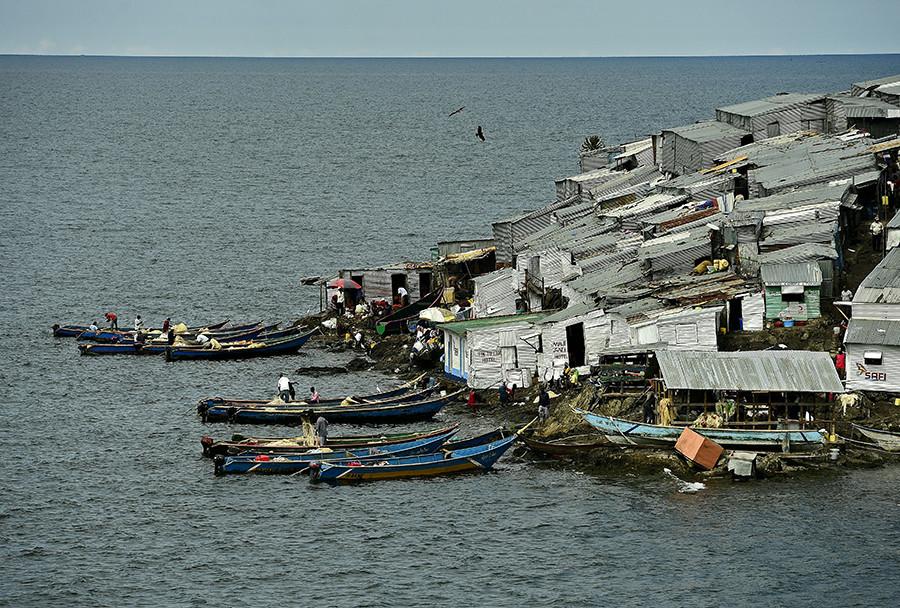 Chalupas de los pescadores - Carl De Souza - AFP - Data Urgente