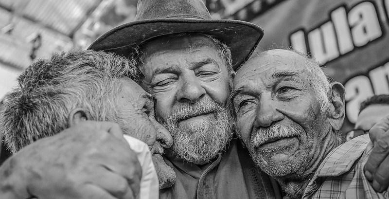 Lula con el Pueblo - Brasil - Data Urgente - Fuente Agencias