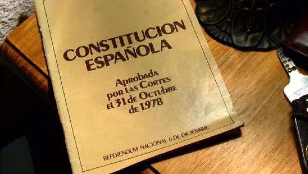 Constitución española - Reforma - Encuestas - Fuente foto web - Data Urgente
