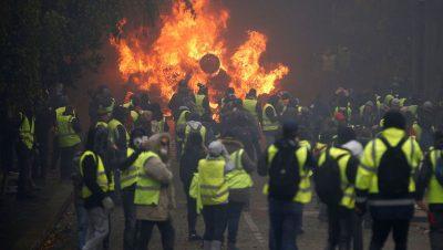 Chalecos amarillos - Francia - Fuente foto web - Data Urgente