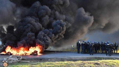 Francia - Chalecos amarillos - Macron - Foto AP - Data Urgente