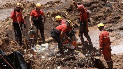 Tragedia medioambiental en una represa - Brasil - Fuente foto RT - Data Urgente