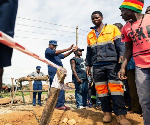 Mineros - Tragedia en Zimbabue - Fuente foto Hispan TV - Data Urgente
