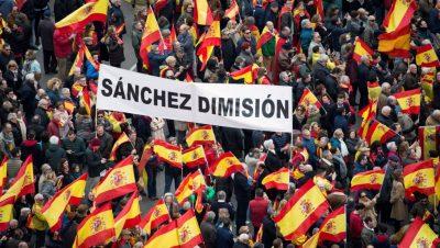 Protestas contra Pedro Sanchez de la derecha española - Fuente foto web - Data Urgente